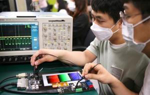 삼성 디스플레이, 중국 오포와 원 플러스에 LTPO OLED 공급